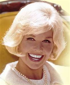 Doris-Day_Pearls1