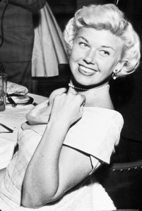 Doris-Day_Pearls7